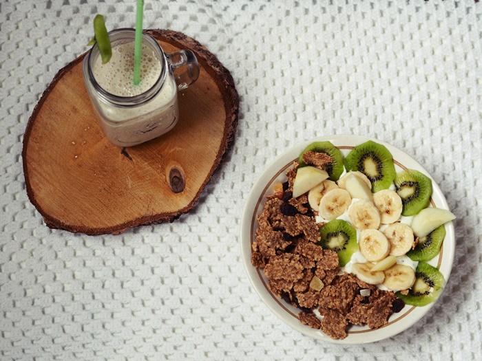 koktajl z jogurtu naturalnego, gruszkowy