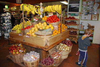 People's Food Cooperative ~ yes! Love in a Grocery Store