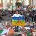 عروبيون حاقدون ضد الامازيغ يزيلون الأعلام الامازيغية من ساحة التضامن في بروكسيل ويمزقون العلم الكوردي