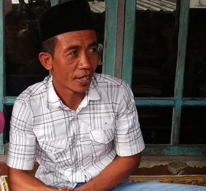 Disebut Mirip Jokowi, Pria di NTB Viral di Media Sosial