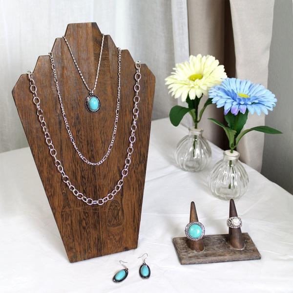 The Best Jewelry Displays for Statement Jewelry | NileCorp.com