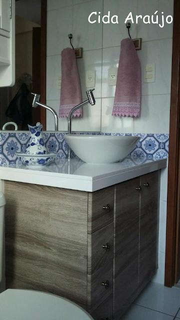 banheiro-decorado-reformado-com- adesivo