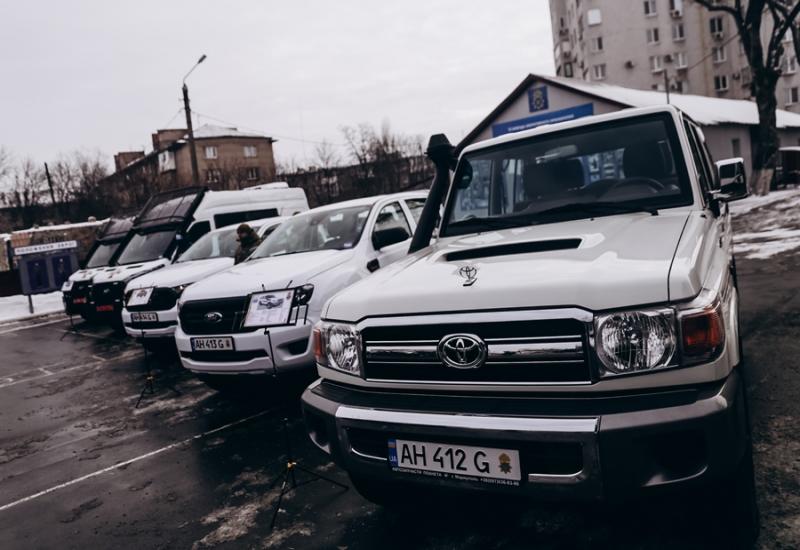 Військові частини Нацгварідії отримали нові автомобілі