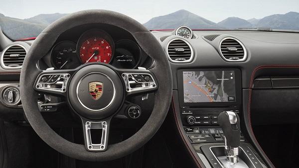 Interior Porsche 718 Cayman GTS y Porsche 718 Boxster GTS