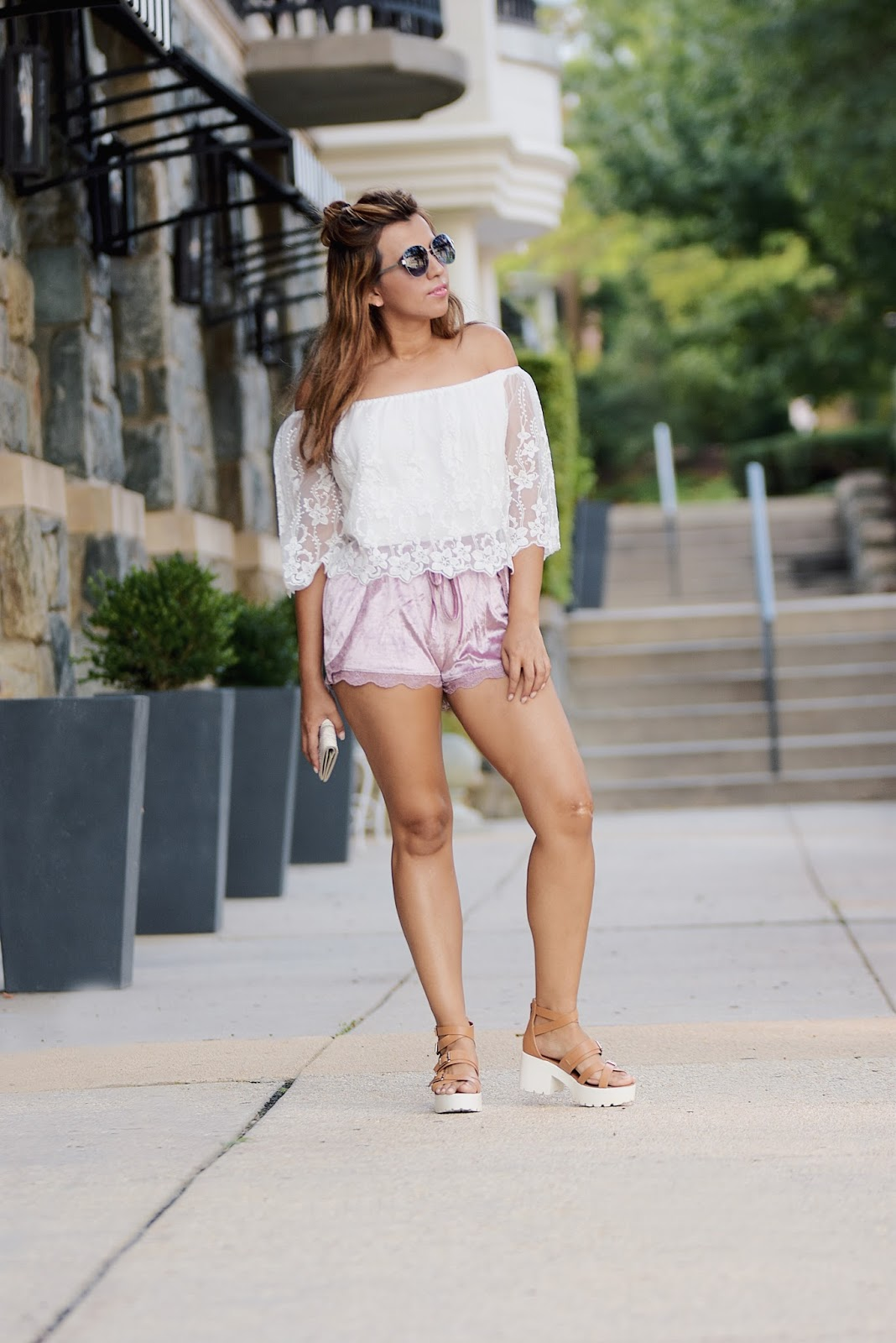 Wearing: Wallet: Stella & Dot Crop Top: TwinkleDeals Shorts: SweatyRocks Sunnies: Steve Madden