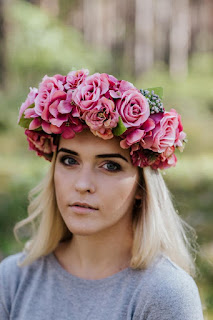 wedding ideas - wedding planning services - bridal headpiece - floral hair wreaths boho headpiece - esty - Wedding blog by K'Mich - day of wedding planners in Philadelphia