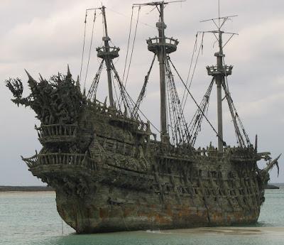El barco Holandés Errante de la película Piratas del Caribe