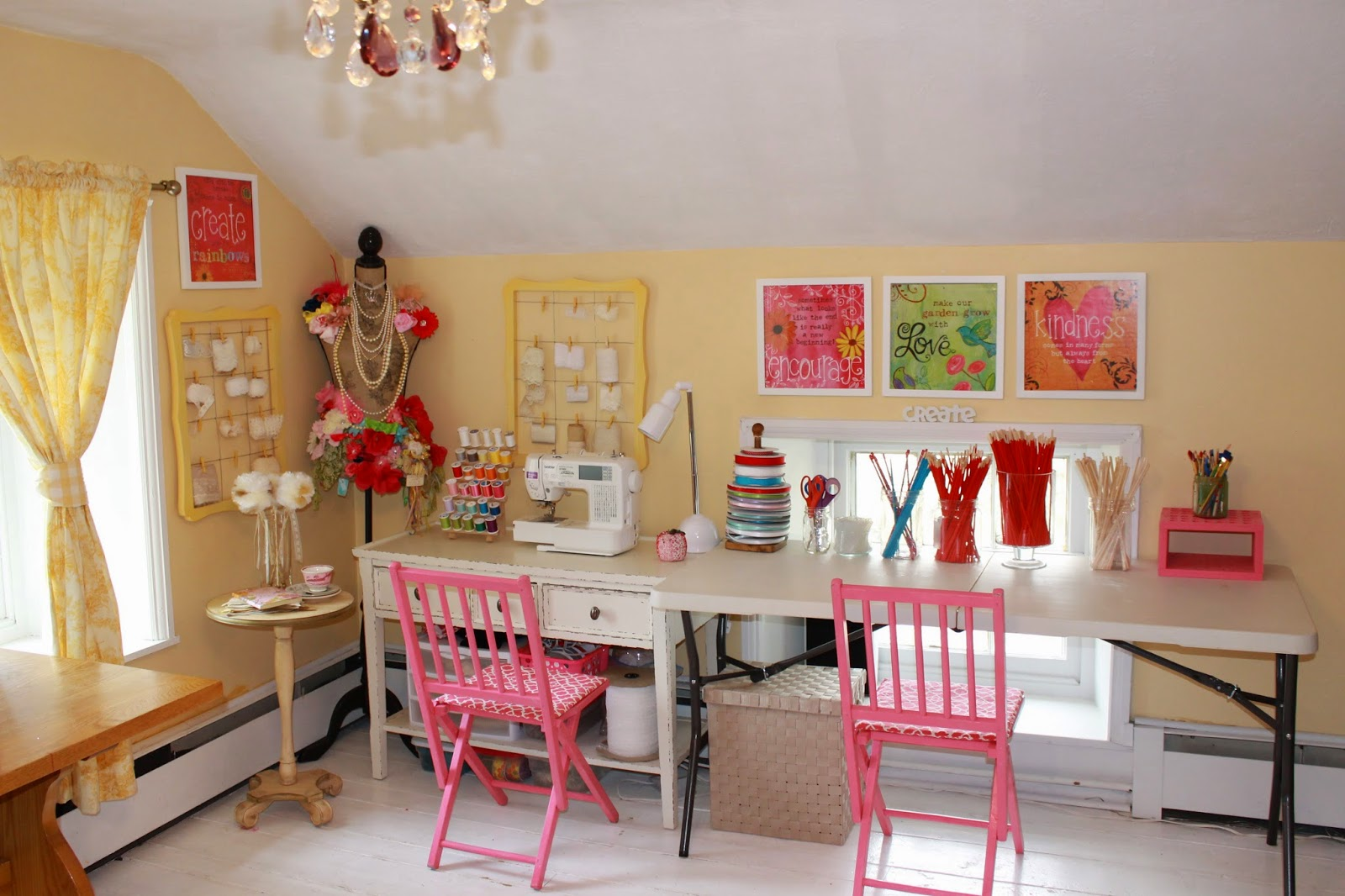 Pretti Mini Blog: 10 Ways To Organize Your Craft Room Or