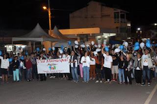 http://vnoticia.com.br/noticia/1862-caminhada-reune-familias-pelo-dia-municipal-da-familia-em-sao-francisco-de-itabapoana