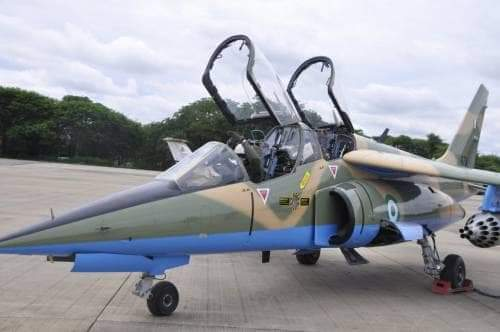 """Alt: = """"photo of tucano fighter aircraft"""""""