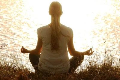 gerakan-yoga-ibu-hamil