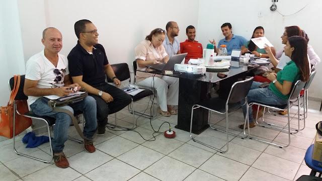 Secretarias de Educação e Saúde se reúnem para discutir plano de ação para a passagem da Tocha Olímpica