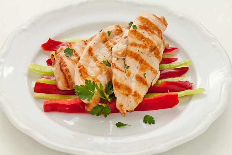 Protein alımını arttırmanın en basit yolu: Tavuk ve hindi eti tüketmek
