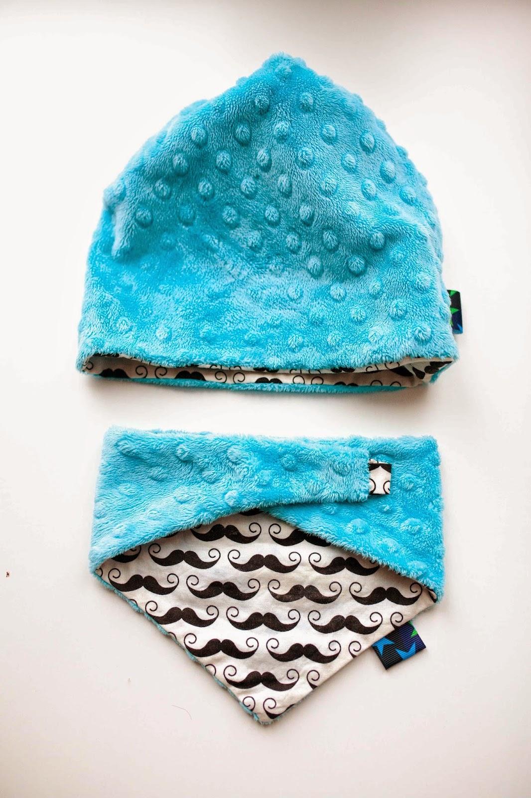 Fotografia, blog z Lublina, blog szyciowy, minky, kolorowa bawełna, jak uszyc czapkę dla dziecka, czapka z minky, dwustronna czapka, tkanina z wąsami, moda dziecięca, DIY,