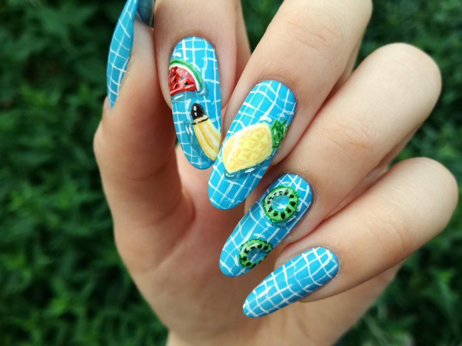 paznokcie w owoce