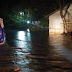 Aliran Sungai Meluap. Sejumlah Rumah Teredam banjir Di Kecamatan Lhoong Kabupaten Aceh Besar.