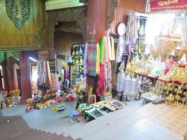 Souvenirs en Shwedagon Paya