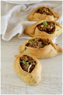 Empanadas árabes de carne y verduras- falafel- fatay-receta de fatay- receta de fatayer- receta sencilla y deliciosa de empanada árabe