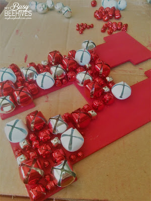 My Busy Beehives...: Jingle Bell Door Decoration for Christmas