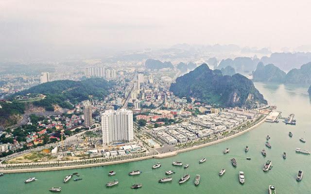 Hạ Long - Thành phố du lịch thu hút đông đảo du khách trong và ngoài nước