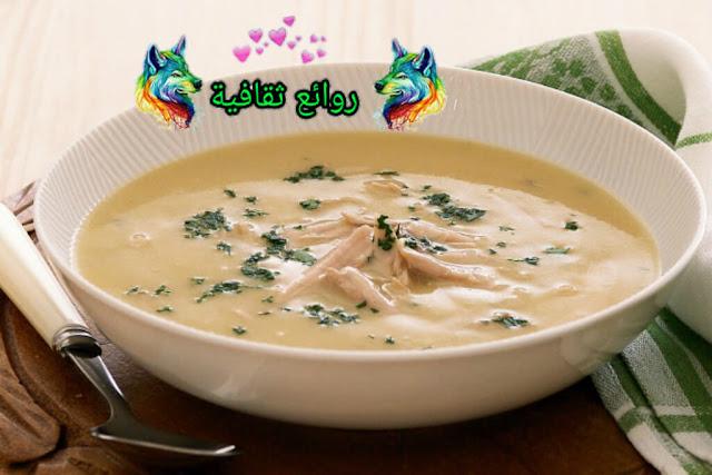 حساء بالدجاج والقشدة