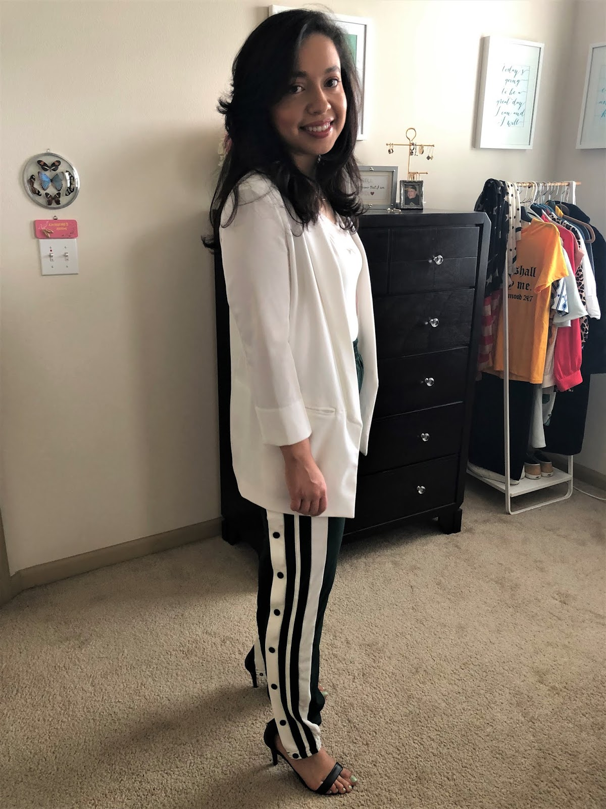 womens snap pants style outfit