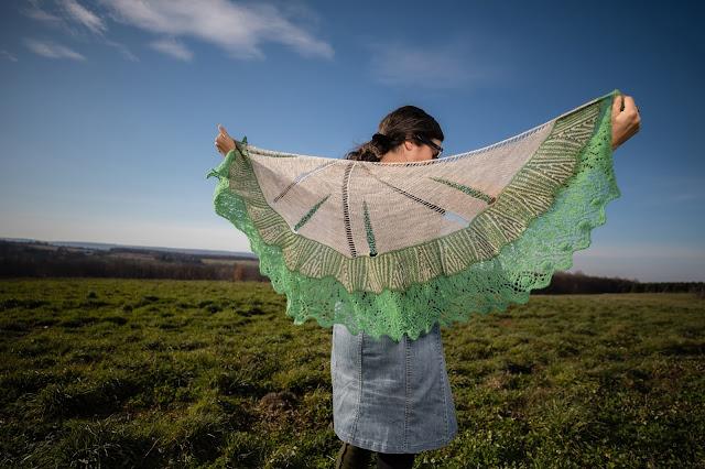Mythaca shawl full