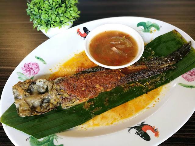 Hidangan Tradisi Di Ayam Kampung Velodrome Premium Outlet