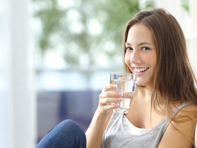 5 Cara Tepat Minum Air Putih Jangan Asal Minum