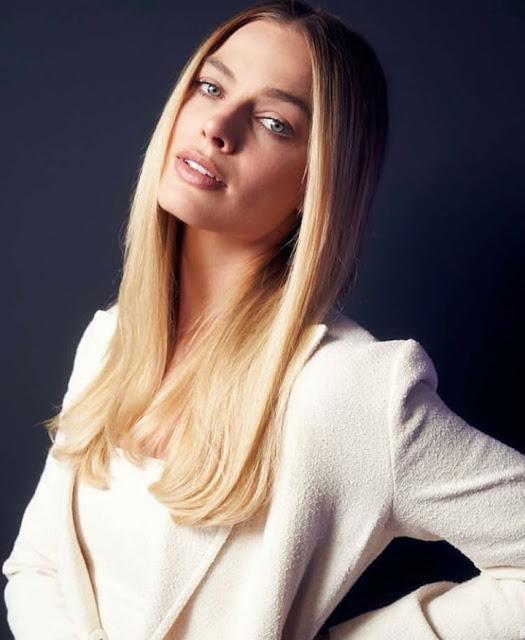 Hollywood Actress Margot Robbie Photos