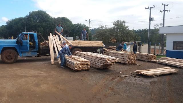 Município de juruti recebe mais de 230m³ de madeira da secretaria de meio ambiente do estado