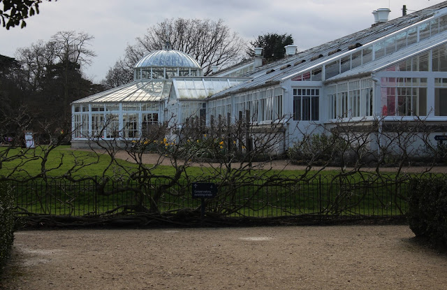 Side view of Chiswick House conservatory