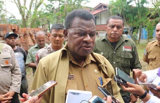 Yan Yaap Ormuseray Ungkap Programkan Penanaman 5.000 Bibit Mangrove di Provinsi Papua