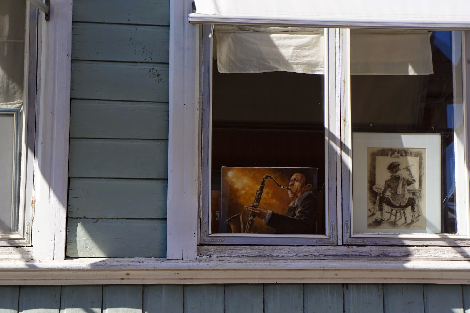 paintings in a window in old rauma