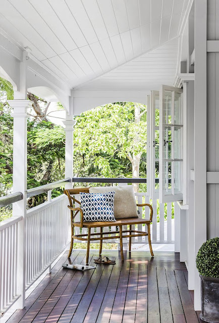 veranda | white queenslander