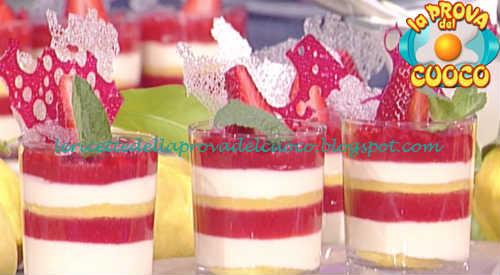 Prova del cuoco - Ingredienti e procedimento della ricetta Freschezza di fragole di Sal De Riso
