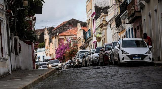Sem Carnaval por conta da covid-19, tradicional domingo pré-folia tem ladeiras vazias em Olinda