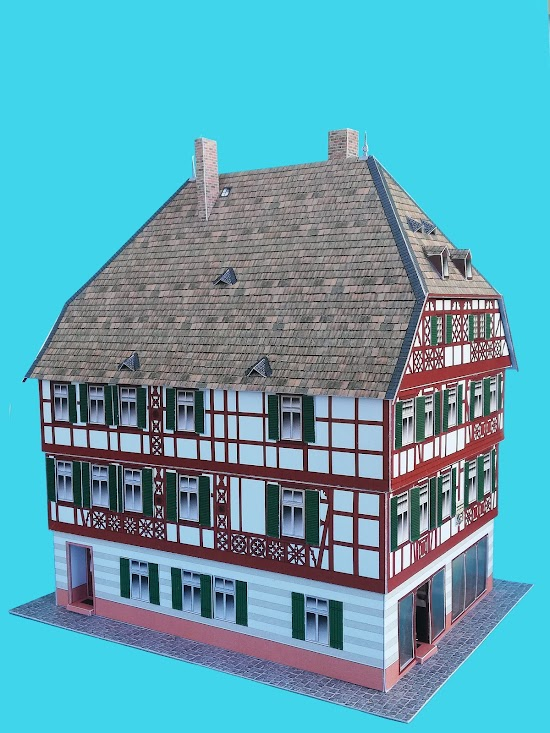 Kostenloses Kartonmodell des Mespelbrunner Hofs in Bensheim an der Bergstraße, Südhessen, Zustand 1905.