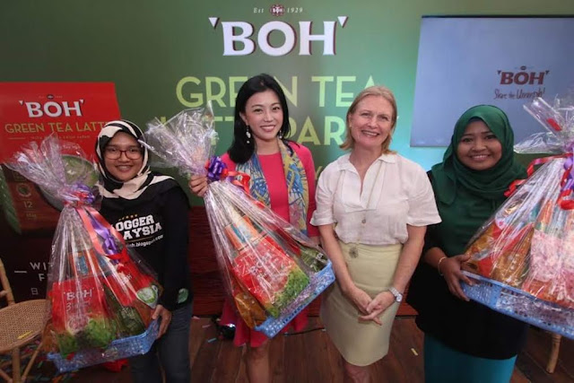 Lucky Draw Winners At The BOH Green Tea Latte Party