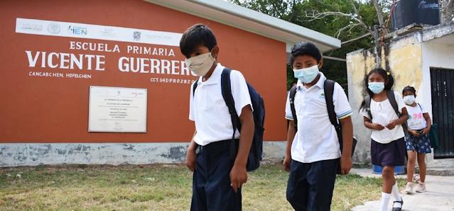 SEP prevé clases presenciales después de vacunación de profesores