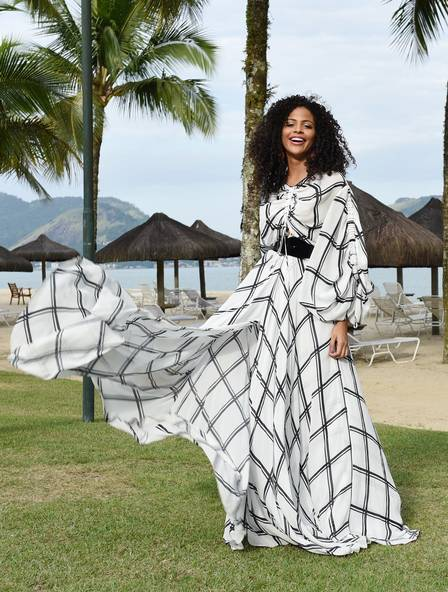 Monalysa diz que continuou sofrendo preconceito após Miss Brasil