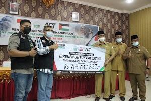 Masyarakat Bireuen Salurkan Sumbangan Rp 1 Miliar untuk Palestina Melalui ACT Aceh