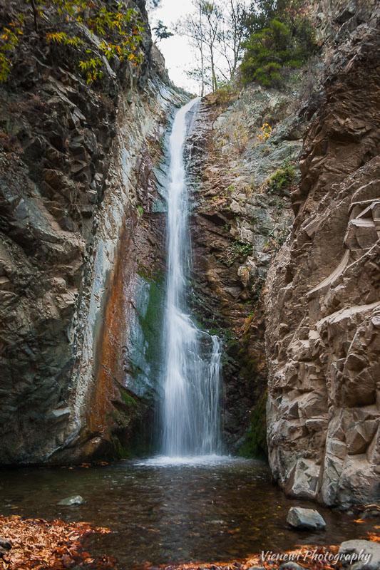 Wodospad Myllomeri - najwyższy wodospad Cypru.
