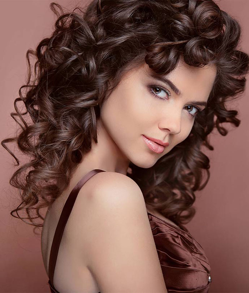 How to Curl Long Hair in 8 Easy, Fast Ways