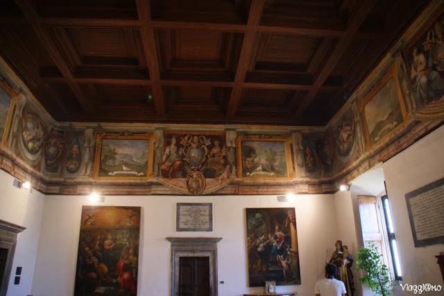 La bella Sala Gualterio e gli affreschi nel palazzo papale di Viterbo