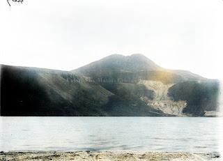 pemandangan gunung pusuk buhit