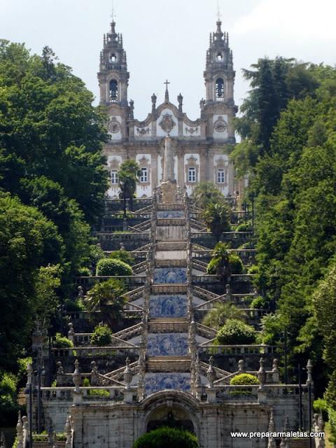 escalera santuario de Lamego en Portugal