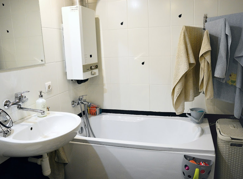 Malowanie łazienki farbą - czy warto? Nasza łazienka po 4 latach od remontu!