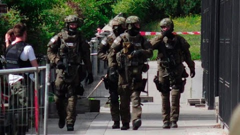 Biztonságpolitikai szakértő: egyre erőszakosabb a világ