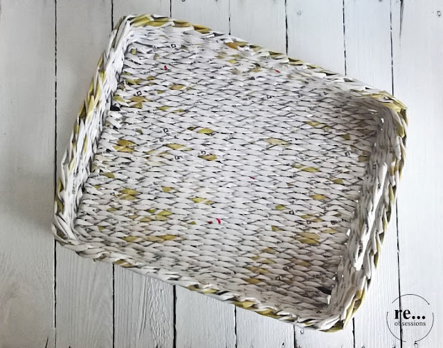 tray, basket, newspaper basket, newspaper weaving, wicker paper, recycle, gold, tatca, koszyk, papierowa wiklina, złoto